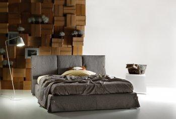 Ruda dvigulė miegamojo lova Roberto