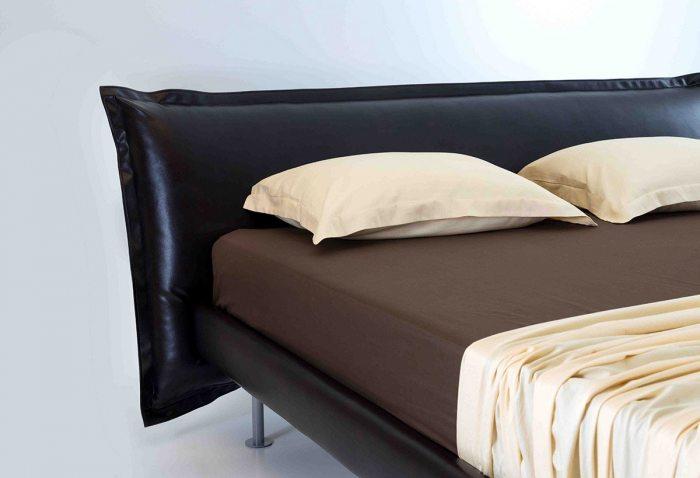 Dvigules, modernios miegamojo lovos Aurora galvugalis