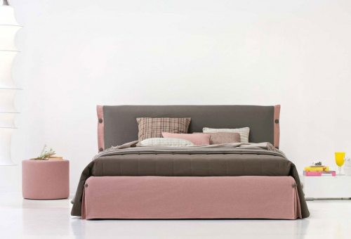 Moderni dvigule lova Kamel rausvu spalvu