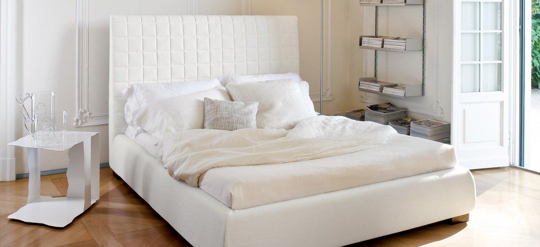 Balta, klasikine dvigule lova Bona