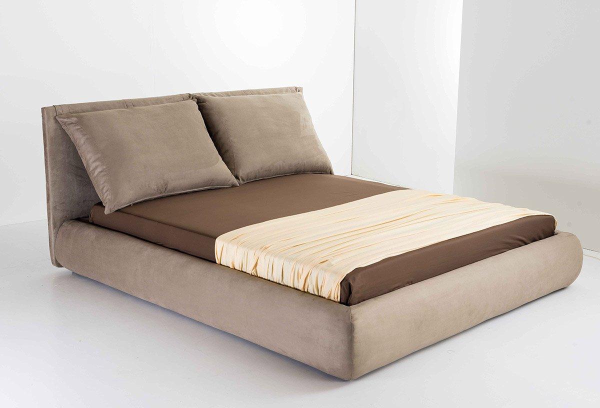 Lova su storomis pagalvėmis atsiremti - Heaven