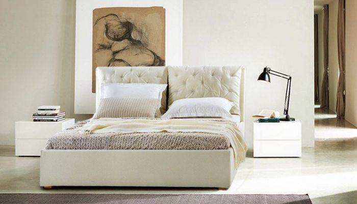 Dvigule lova Selena kremines spalvos, pagalves su itraukimais