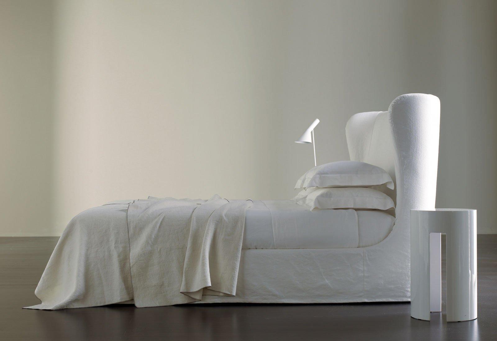Balta-dvigule-lova-Eva