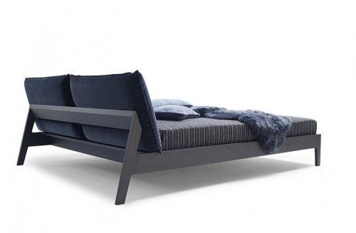 Moderni, dvigule lova Fabio su pagalvemis