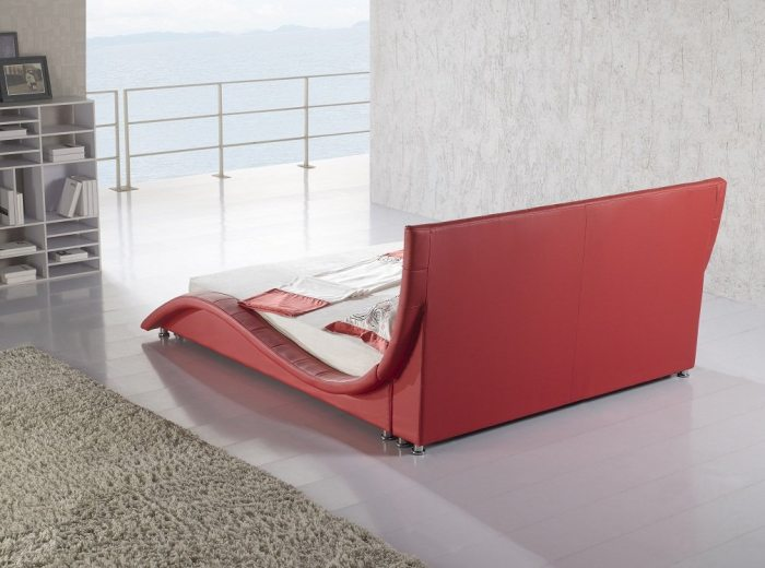 Moderni, dvigule lova Elis raudona