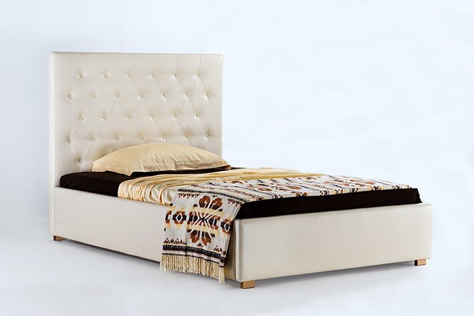 Viengulė lova pagaminta pagal kliento pateiktus brėžinius.
