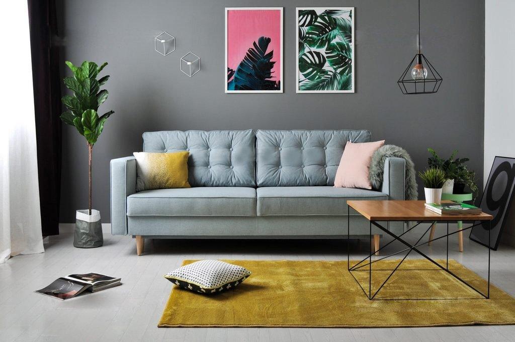 Sofa-lova Aldo melsvos spalvos, pagalve su itraukimais, medines aukstos kojeles