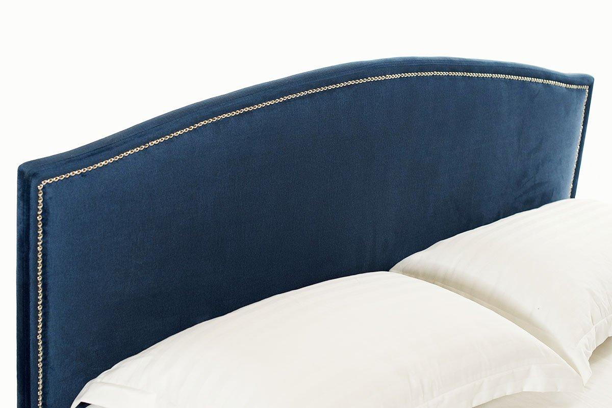 Melynos, modernios dvigules lovos Siera galvugalis