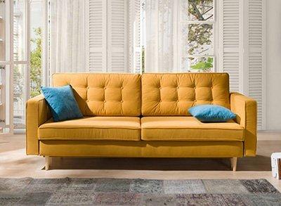 Sofa lova Aldo geltonos spalvos, medines kojeles, pagalves su itraukimais