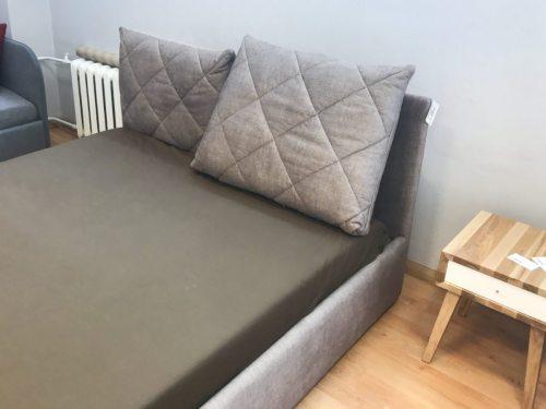Dvigulė lova Dream ekspozicija.